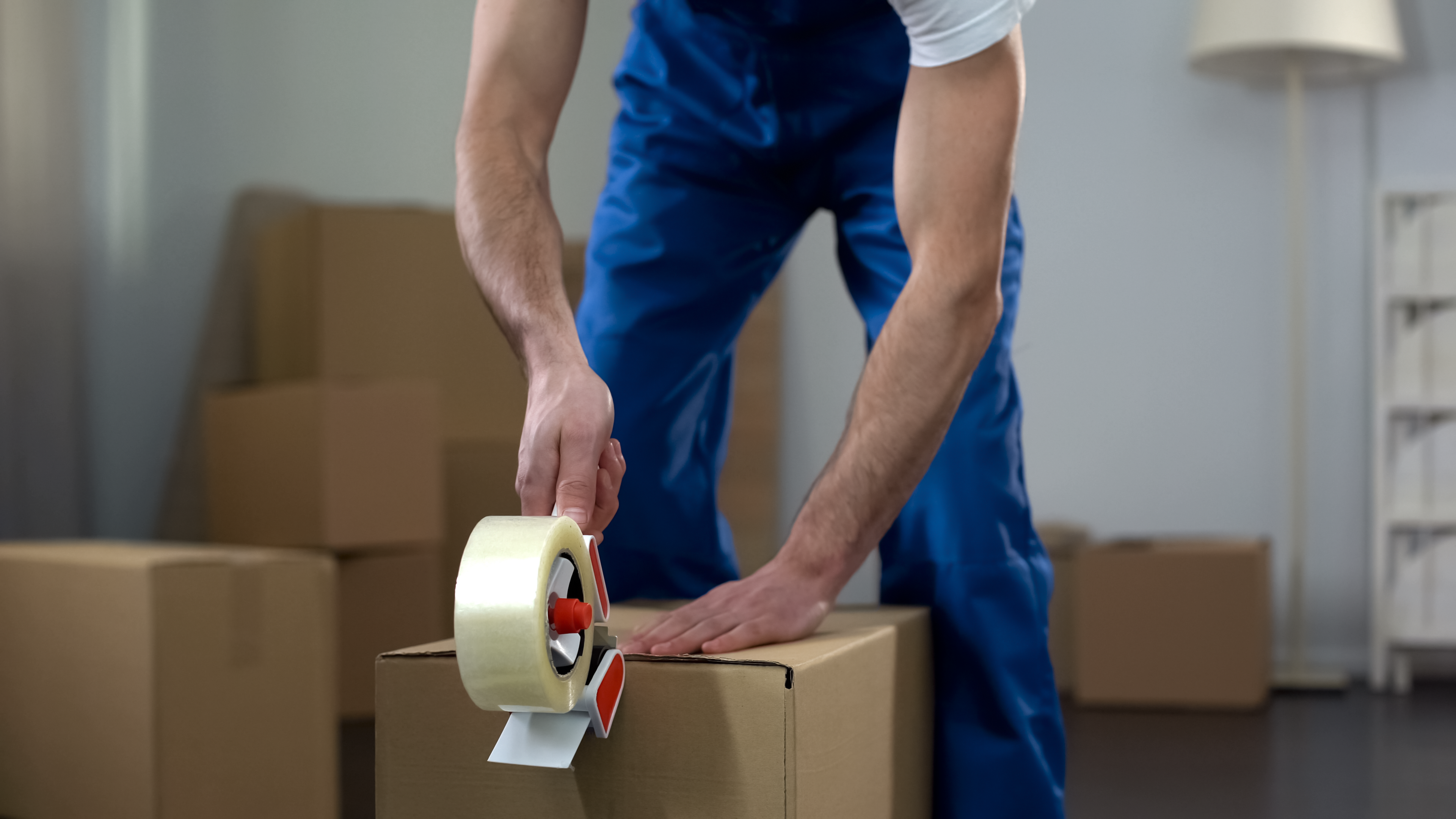 The 8 Most Important Questions to Ask Before Hiring Any Moving Company